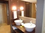 バルセロ・バヴァロ・ビーチホテル(ドミニカ共和国プンタカーナ)の部屋の洗面台