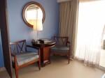 シークレッツ・セント・ジェームズ・モンテゴベイ(ジャマイカ・モンテゴベイ) Secrets St. James Montego Bay(Montego Bay, Jamaica)の部屋のソファ部分