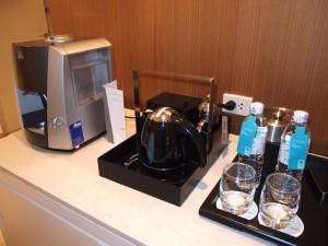 ルメリディアン・チェンマイ(タイ・チェンマイ)の部屋のエスプレッソマシンと湯沸かしケトルなど