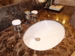 ヒルトンシンガポール(シンガポール)の部屋のバスルーム洗面台