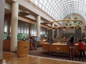ザ・リッツ・カールトンミレニアシンガポール(シンガポール)のロビー階
