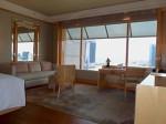 ザ・リッツ・カールトンミレニアシンガポール(シンガポール)部屋のリビングスペース