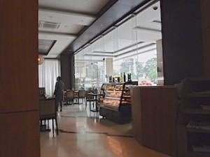 ハロルズホテル(フィリピン・セブ島)の1階レストラン