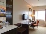 ハロルズホテル(フィリピン・セブ島)の部屋の入口から部屋に
