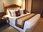 マニラホテル(フィリピン・マニラ)の部屋のベッド