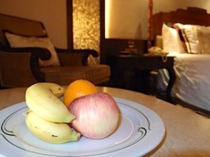マニラホテル(フィリピン・マニラ)の部屋のウェルカムフルーツ