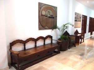 マニラホテル(フィリピン・マニラ)のベンチ