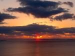 北谷(ちゃたん)サンセットビーチの夕陽、沖縄県北谷町