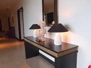 ホテルモントレ沖縄スパ&リゾートの館内装飾