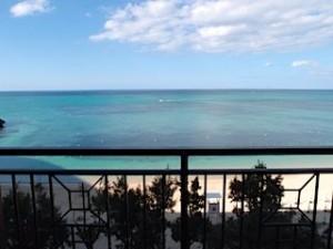ホテルモントレ沖縄スパ&リゾートの海岸の眺め