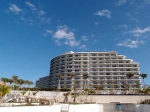 ホテルモントレ沖縄スパ&リゾートの外観