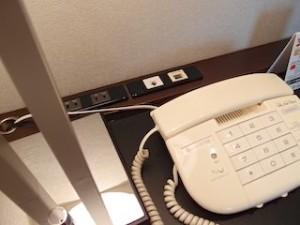 ホテルニューオータニの部屋の端子類