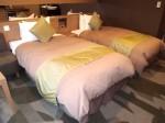 湯本富士屋ホテルの部屋のベッド