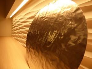 ホテルセトレ神戸・舞子のクラブラウンジ内のアート作品