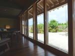 星のや竹富島の部屋ガジョーニのリビングスペース