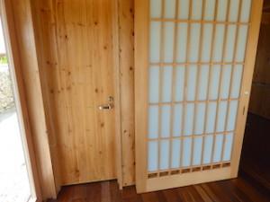 星のや竹富島の部屋ガジョーニのトイレ入口
