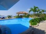 沖縄本島、オキナワマリオットリゾート&スパのプール(Pool at Okinawa Marriott Resort & Spa, Okinawa-ken Japan)