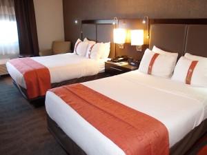 ホリデイインニューアークエアポート(アメリカニューアーク)の部屋のベッド