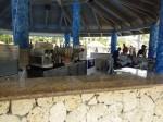 オーシャンブルー&サンド(ドミニカ共和国プンタカーナ)のビーチバー