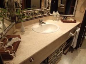 パラディサス・プンタカーナ・リゾート(ドミニカ共和国プンタカーナ)の部屋の洗面台