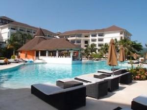 シークレッツ・セント・ジェームズ・モンテゴベイ(ジャマイカ・モンテゴベイ) Secrets St. James Montego Bay(Montego Bay, Jamaica)のホテルプール