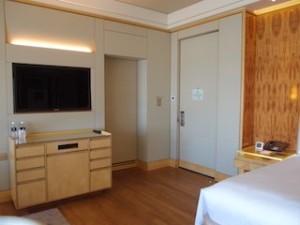 ザ・リッツ・カールトンミレニアシンガポール(シンガポール)部屋の入口