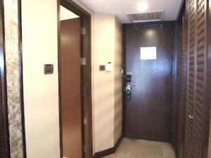 マニラホテル(フィリピン・マニラ)の部屋の入口
