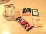 マニラホテル(フィリピン・マニラ)の部屋のお茶、コーヒーセット