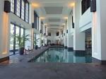 ホテルモントレ沖縄スパ&リゾートのブルーリーフにあるプール