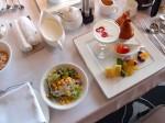 ホテルモントレ沖縄スパ&リゾートのルームサービスの朝食