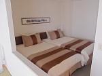 ザ・ビーチタワー沖縄の和洋室の部屋、ベッドスペース