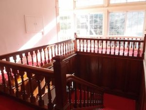 富士屋ホテルの西洋館の階段