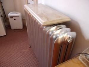 富士屋ホテルの西洋館の92号室のヒーター