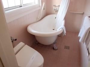富士屋ホテルの西洋館の92号室のバスルーム