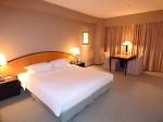 ハイアットリージェンシー大阪、部屋のベッドスペース