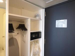 ヒルトン東京ベイ(千葉県浦安市)のセレブリオの部屋のクローゼット