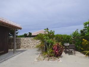 星のや竹富島の部屋ガジョーニの庭部分