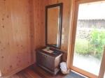 星のや竹富島の部屋ガジョーニの入口と鏡台部分