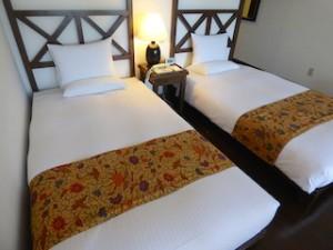 星野リゾートリゾナーレ西表島の部屋のベッド