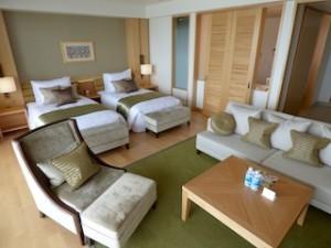 ホテルオリオンモトブリゾート&スパの部屋の部屋全体