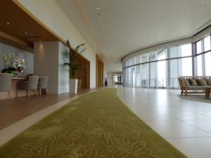 ホテルオリオンモトブリゾート&スパのオーシャンウイングロビー