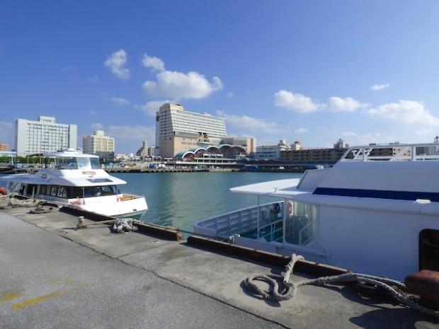 沖縄泊港周辺(Around the Tomarin port of Okinawa, Okinawa-ken Japan)