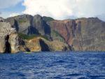 ハートロックと呼ばれるハートの形をした山がある小笠原諸島父島の景観(Heart rock at Chichi-jima)