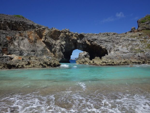 小笠原諸島の南島のシンボル的な砂浜