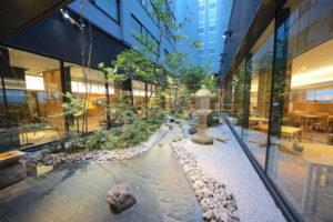 リッチモンドホテルプレミア京都駅前の中庭